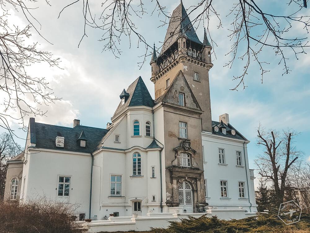 Pałac Osowa Sień