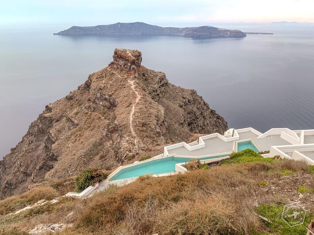 Santorini to naprawdę piękna wyspa. Przygotowałam dla Ciebie mnóstwo informacji praktycznych, które pomogą Ci zaplanować wyjazd.