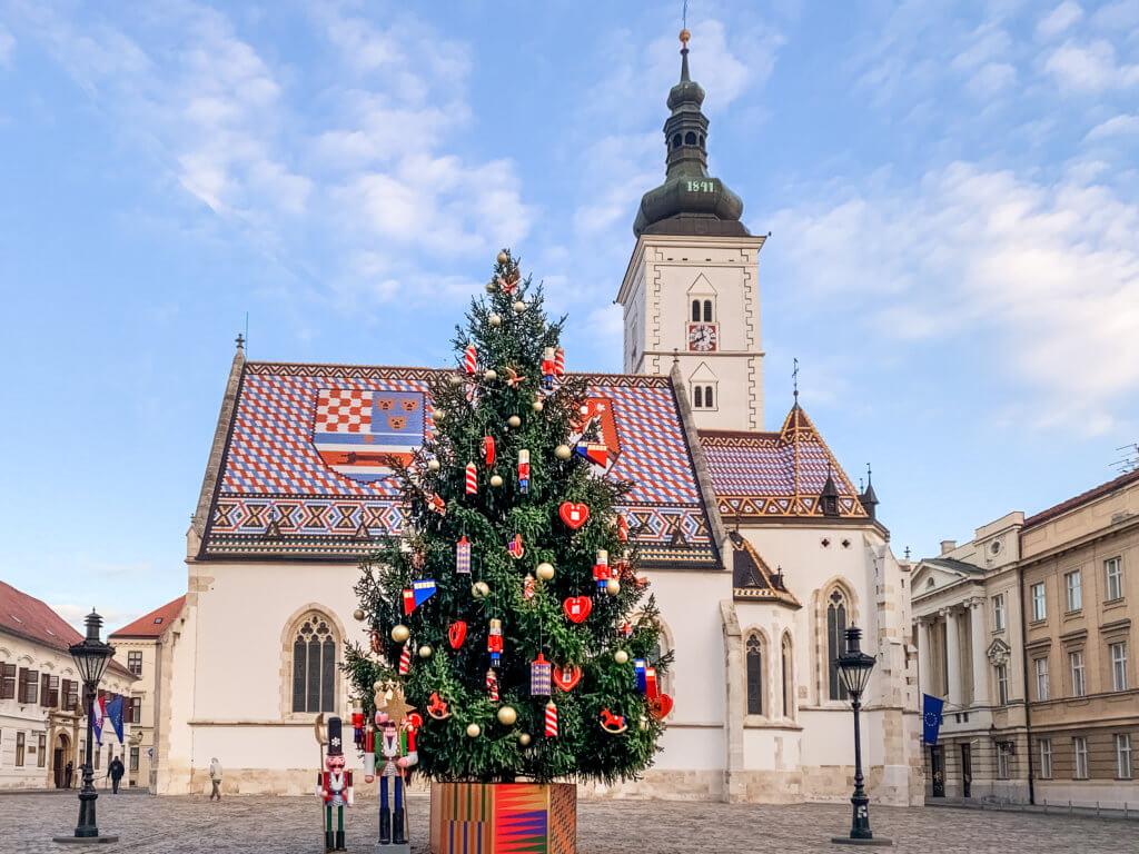 zagrzeb_jarmark_bozonarodzeniowy_travelstory.pl